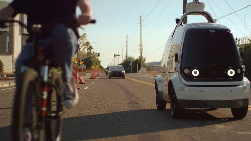 Luz verde en California para entregas con robots con ruedas